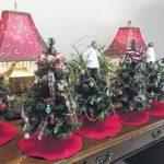 Garden Club decorates trees for hospital