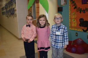 Shoals students show principal appreciation