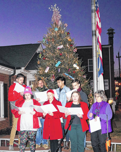 Christmas Parade 2021 Bennette Nc Pilot Taking New Approach To Parade Pilot Mountain News